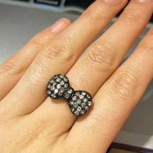Free with purchase - rhinestone bow ring